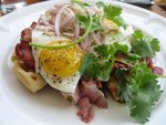 chien-fumant-pulled-pork-waffle-small