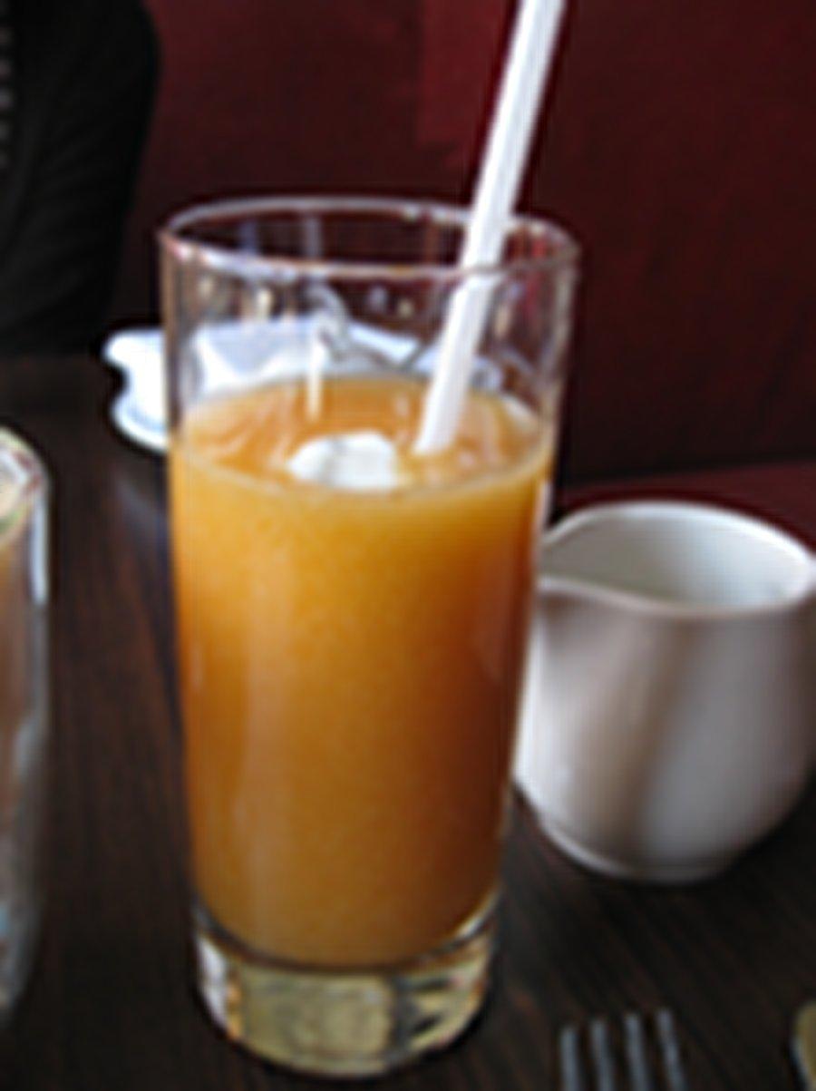 montee de lait montreal brunch and breakfast