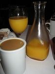 100-secrests-coffe-and-orange-juice-small