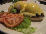 chez-nick-eggs-benedict-small