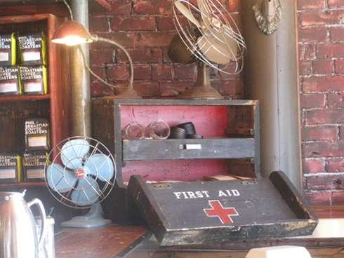 cafe sardine interior 2