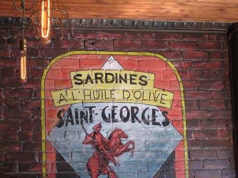 cafe sardine interior