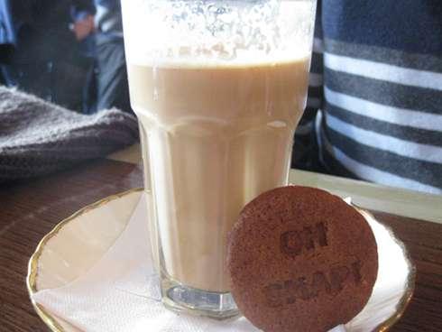 cardinal tea room cookie and coffee