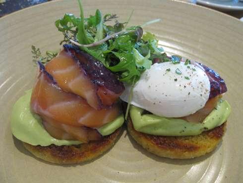 h4c eggs benedict brunch montreal