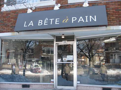 bete a pain montreal brunch exterior