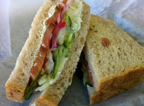 Hof kelsten montreal gravlax sandwich